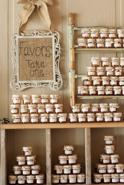 Bomboniera Matrimonio Country Chic : Such cute wedding ideas walking in her shoes